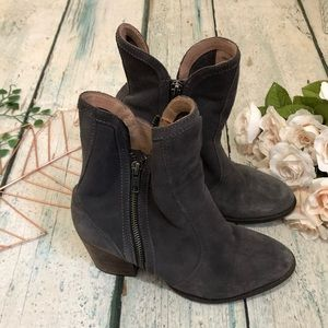 Seychelles 9 ankle boots Grey Heels Zipper Leather